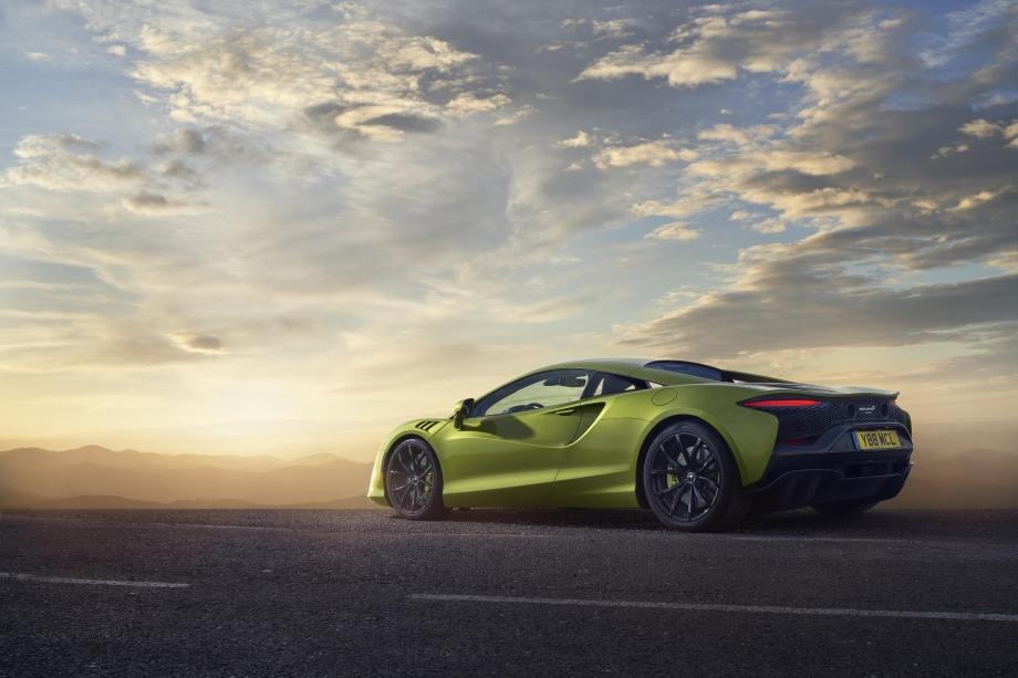 McLaren ARTURA 6
