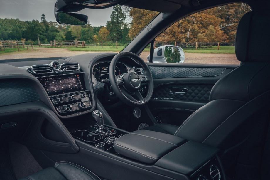 Bentley BENTAYGA V8 FIRST EDITION  2