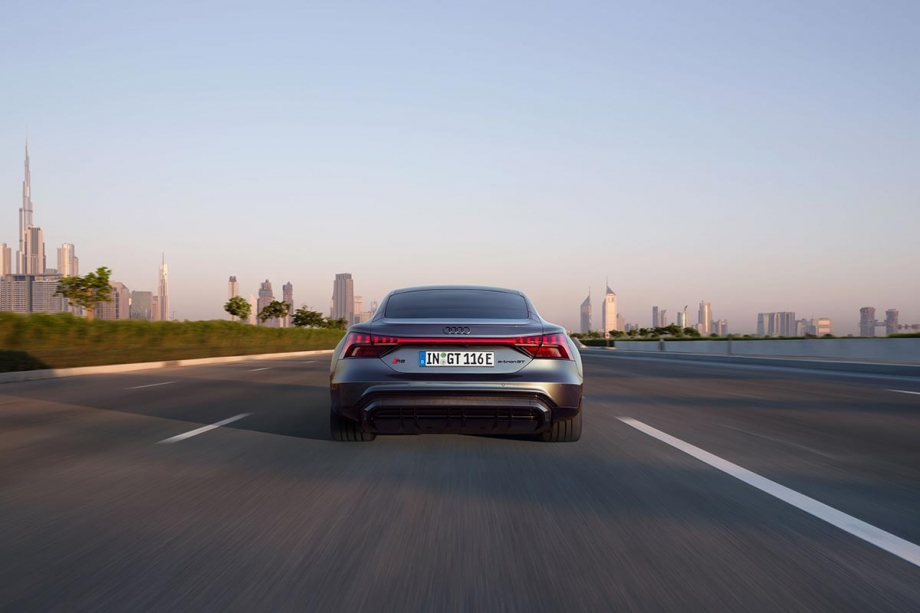 Audi RS e-tron GT 1