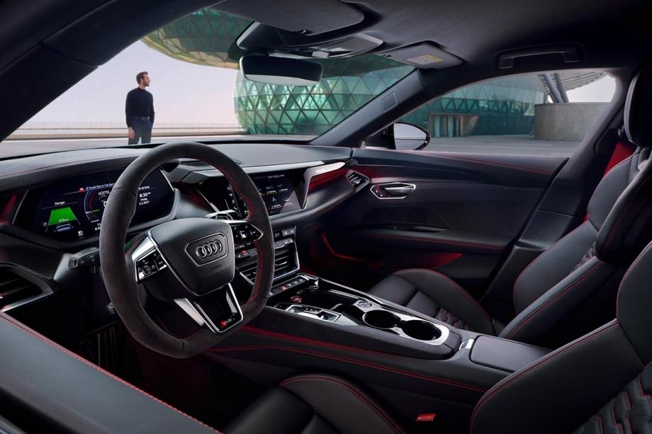 Audi RS e-tron GT 4