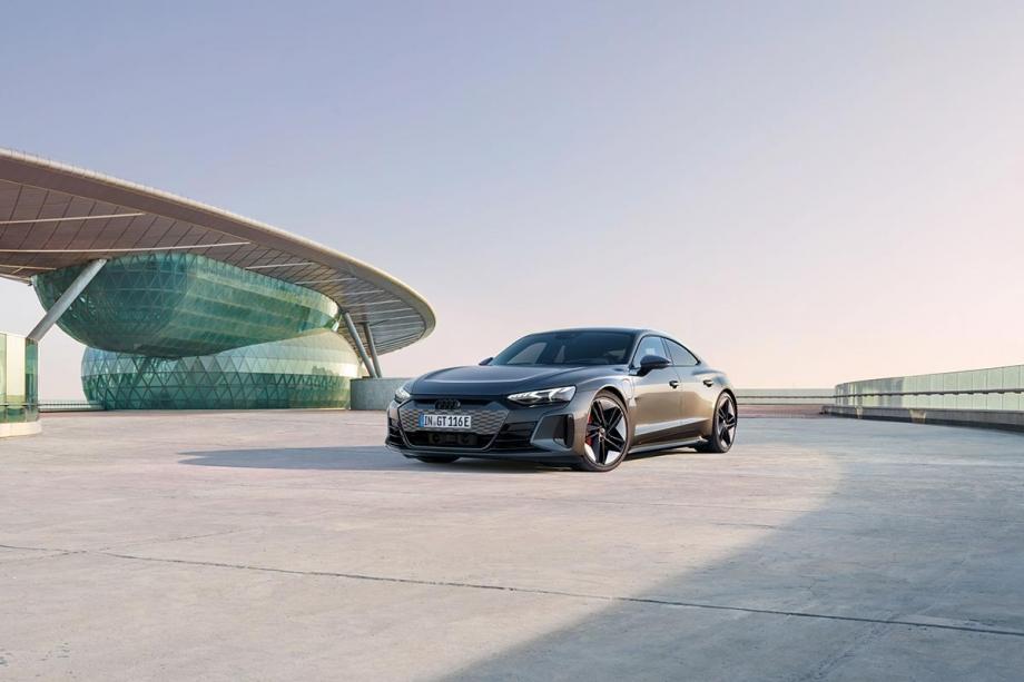 Audi RS e-tron GT 5
