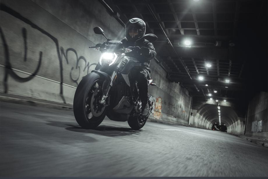 Zero Motorcycles SR/F 4