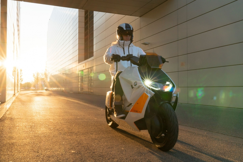 BMW Motorrad Definition CE 04 1