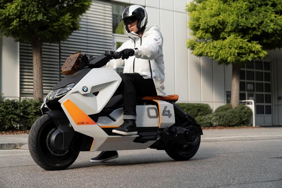 BMW Motorrad Definition CE 04 5