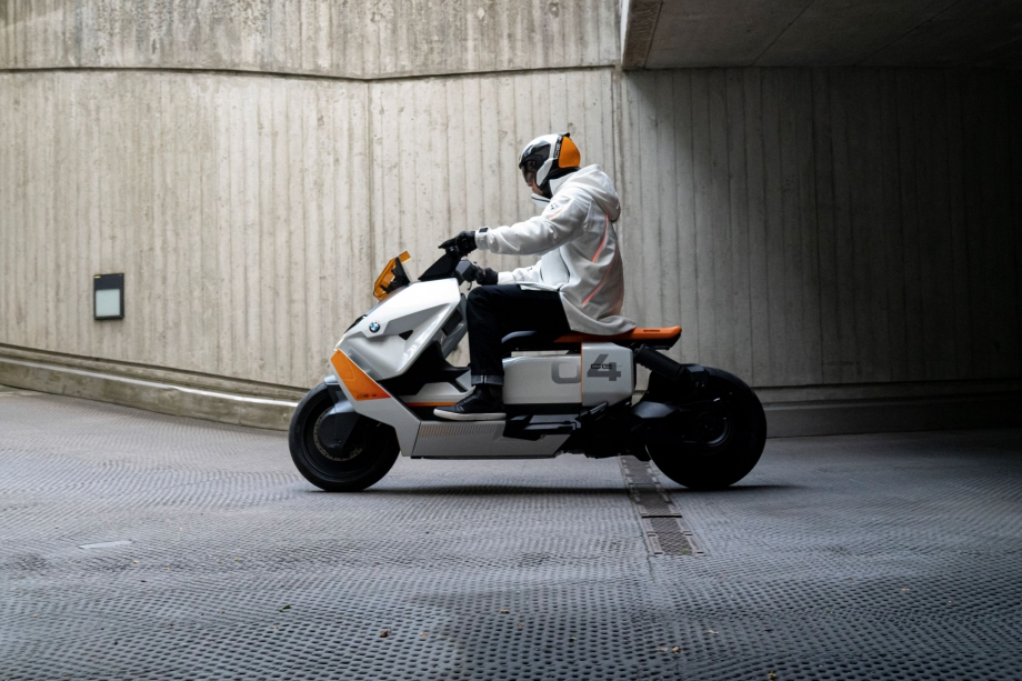 BMW Motorrad Definition CE 04 6