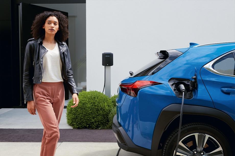 Lexus UX Full Electric 4