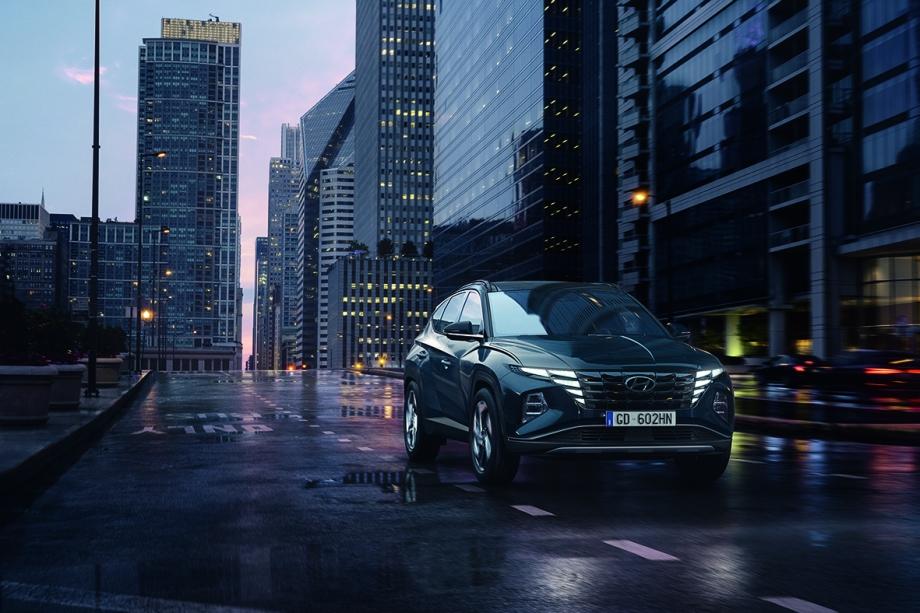 Hyundai TUCSON Hybrid 1