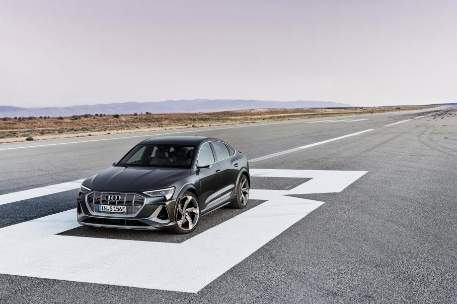 Audi e-tron S Sportback 3