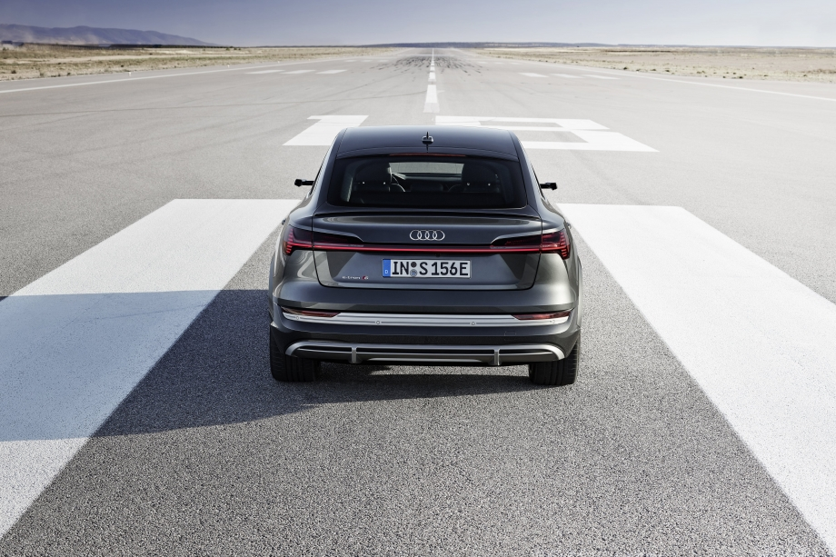 Audi e-tron S Sportback 5