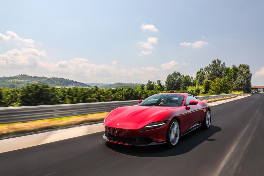 Ferrari Roma 5