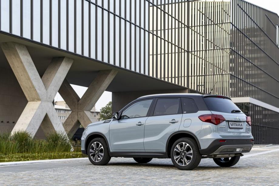 Suzuki VITARA HYBRID 1.4 STARVIEW 4WD AT  4