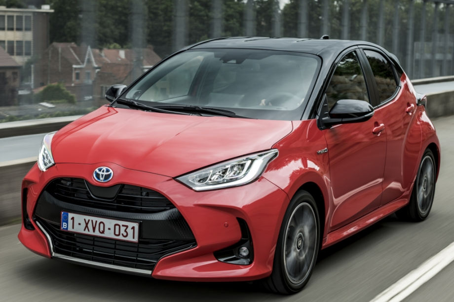 Toyota YARIS PREMIERE - HYBRID 5