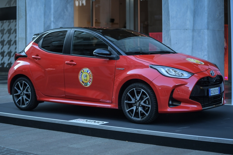 Toyota YARIS PREMIERE - HYBRID