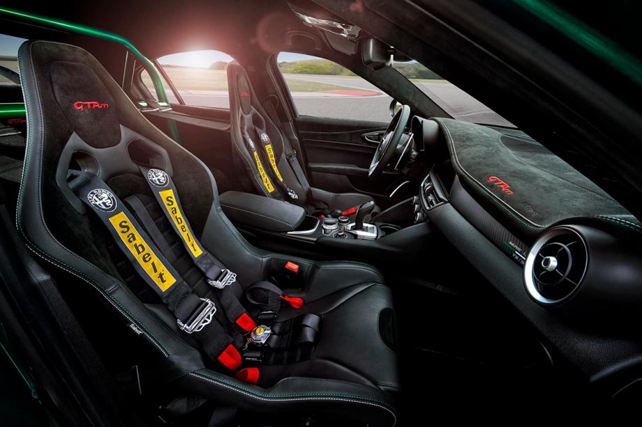 Alfa Romeo Giulia GTAm 3