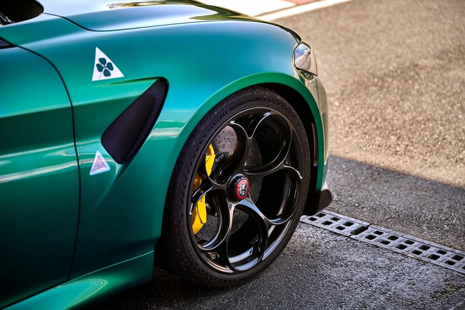 Alfa Romeo Giulia GTAm 6