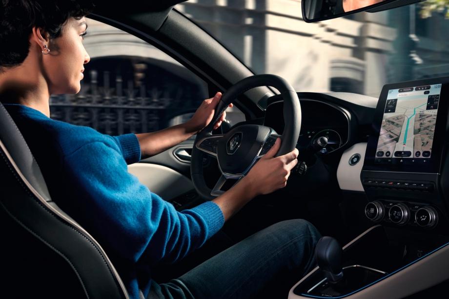 Renault CLIO E-TECH HYBRID 3