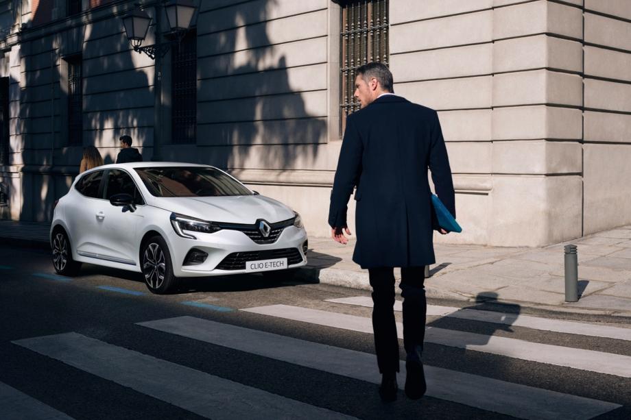 Renault CLIO E-TECH HYBRID 5