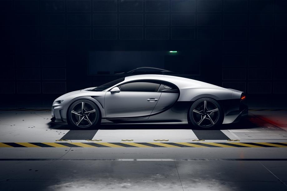 Bugatti CHIRON SUPER SPORT 3
