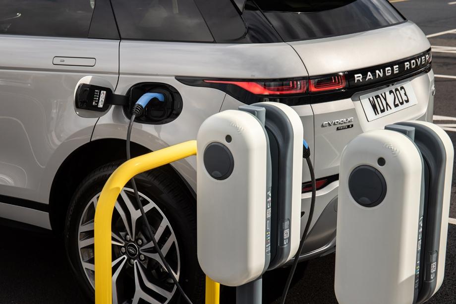 Land Rover Evoque Plug-In Hybrid 5