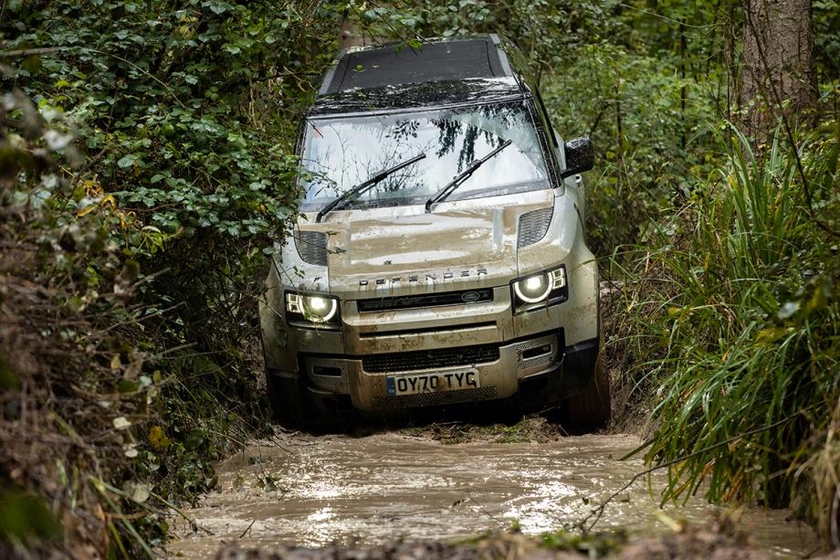 Land Rover Defender 90 X 3
