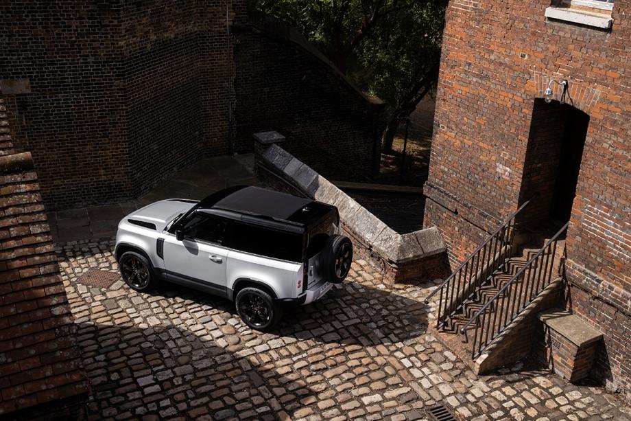 Land Rover Defender 90 X 5