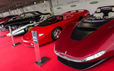 Supercar Hypercar Paddock