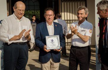 Collector Award 21 - MIMO